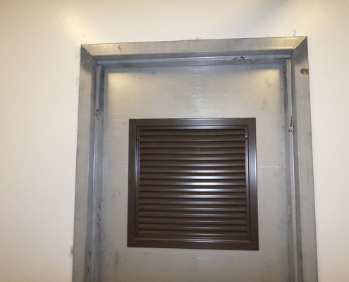 Capitol Fireproof Door 18x18 Fixed Louver Hardware-Bronx-NY